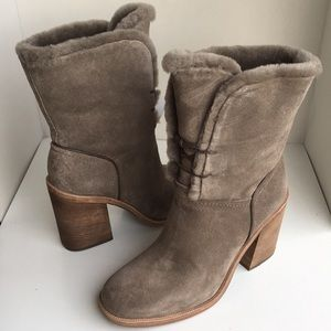 ❤️New Ugg Jerene Bootie Suede Boots Sz 8.5